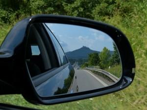 rear-mirror-167581_640
